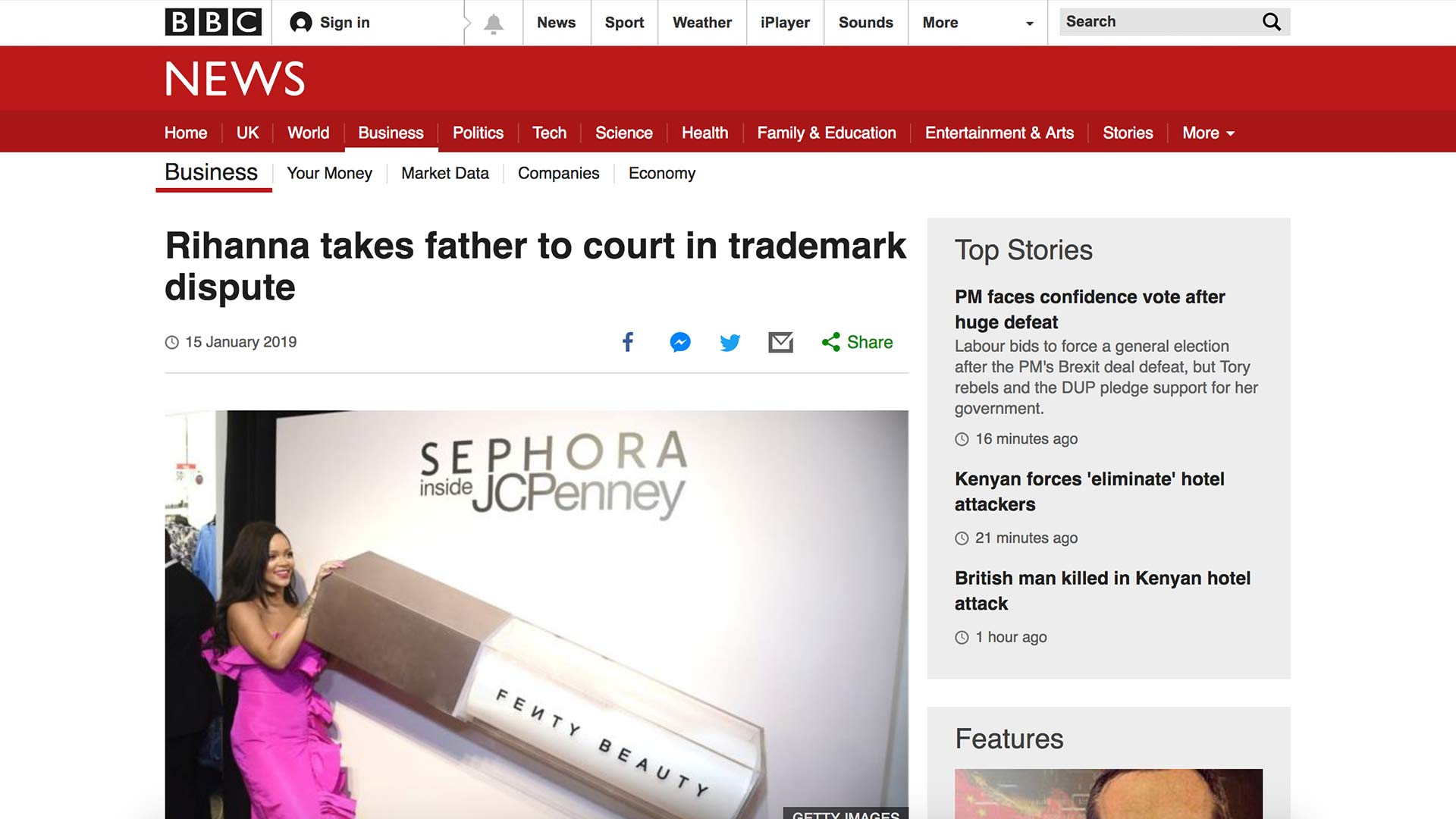 Fairness Rocks News Rihanna takes father to court in trademark dispute
